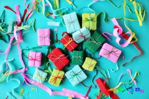 diy-mini-present-garland-7